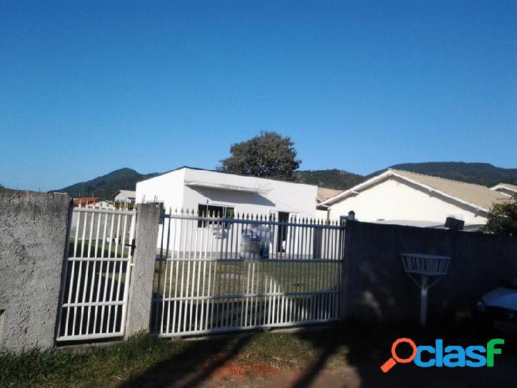 Casa de alvenaria a venda terreno de 446m², próximo da geral florianópolis rio vermelho norte da ilha praia do moçambique.