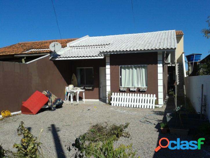 Casa a venda com 02 dorm mais 02 aptos de 01 dorm. florianópolis rio vermelho norte da ilha praia do moçambique.