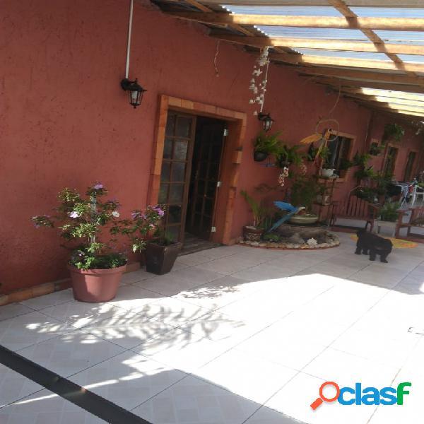Casa a venda 02 dormitórios c/ 03 garagens - rio vermelho florianópolis rio vermelho norte da ilha linda praia do moçambique.