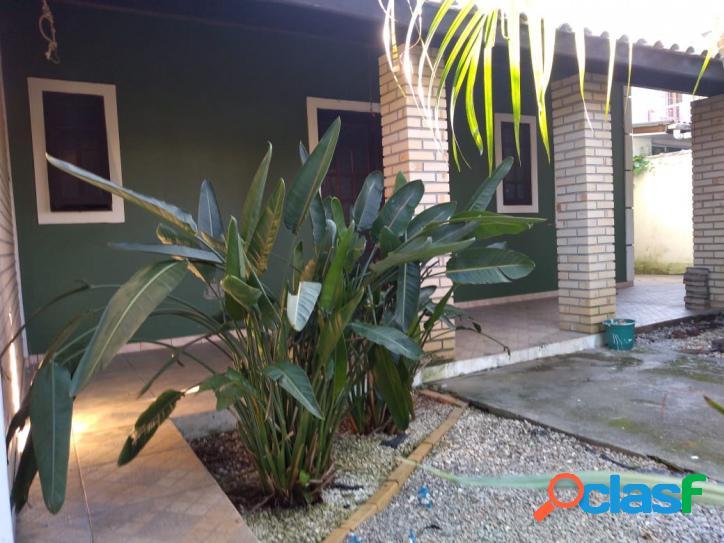 Casa a venda + 2 aptos + 2 kitnetes + escritório. terreno c/ 362m².florianópolis rio vermelho norte da ilha praia do moçambique.