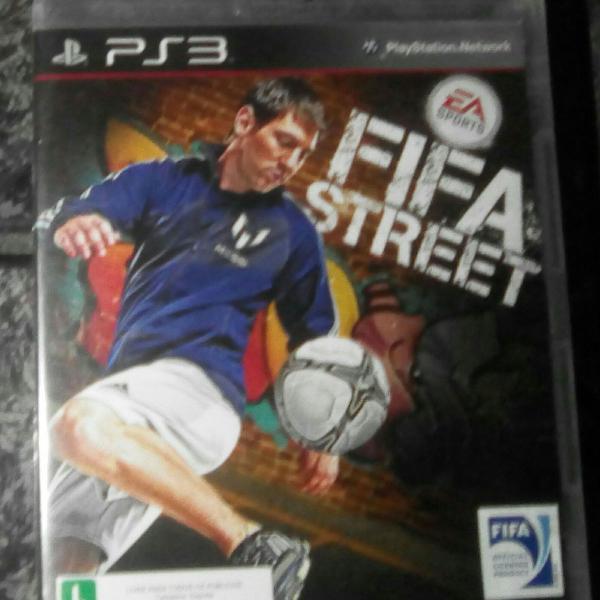 3 jogos ps3 fifa street, resident evil 5 e assassins creed 2