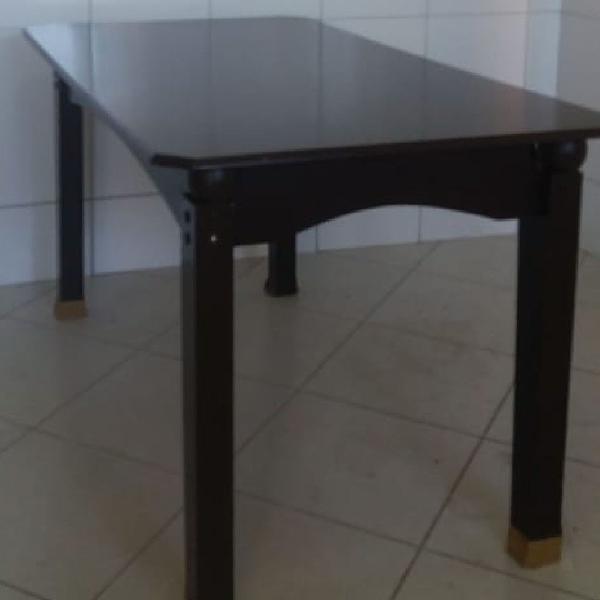 Mesa para 4 caseiras ( cabe 6 ) só os pés q está um pouco