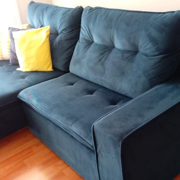 Sofá retrátil e reclinável de suede