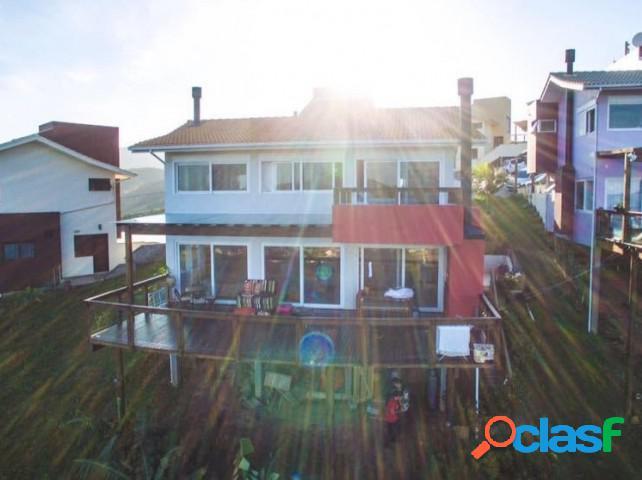 Casa em condomínio - aluguel anual - garopaba - sc - ferraz