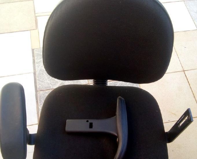 Cadeira giratória flexform