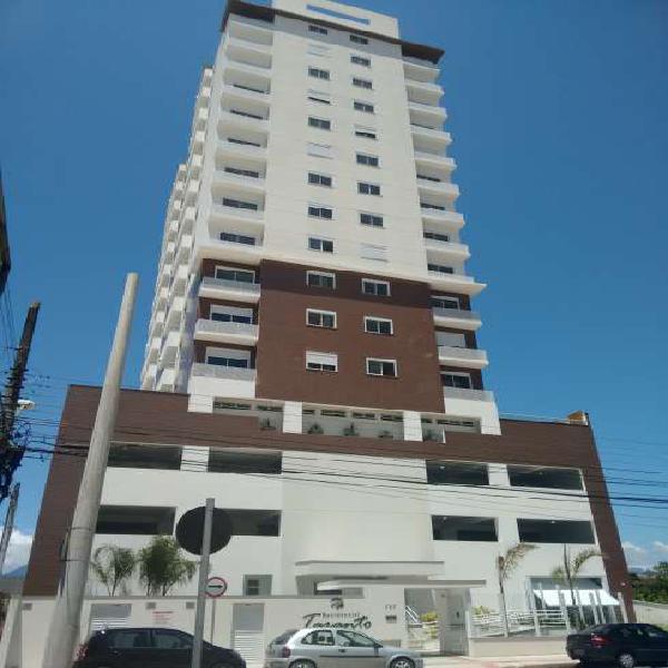 Apartamento com 2 quartos à venda, 62 m² por r$ 260.000