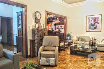 Casa com 10 quartos para alugar no bairro santo antônio,