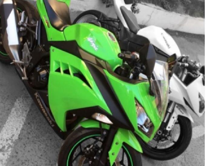 Kawasaki ninja 300 clássica