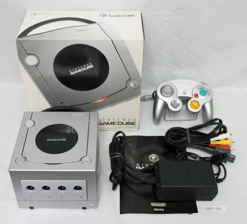 Nintendo gamecube completo na caixa excelente conservação