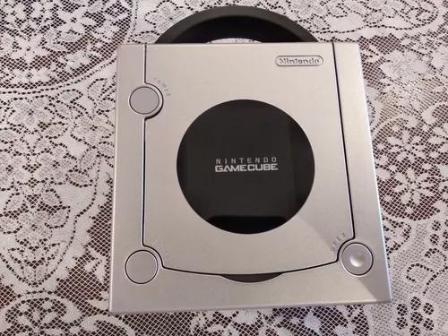 Nintendo gamecube impecável com 1 controle e 2 jogos
