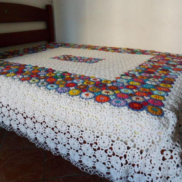 Linda colcha de casal em croché artesanal fio de algodão