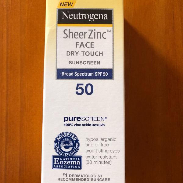 Protetor solar facial sheerzinc neutrogena fps 50