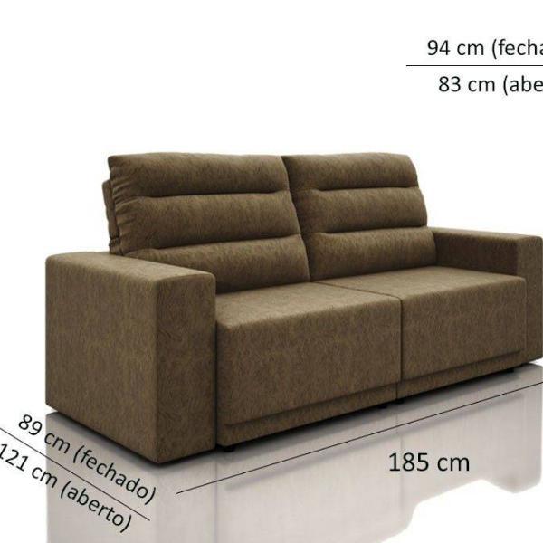 Sofá 2 a 3 lugares, retrátil e reclinável.
