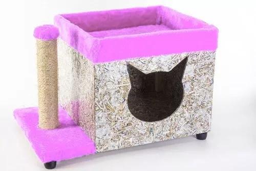 Toca de gato com pelúcia e poste rosa
