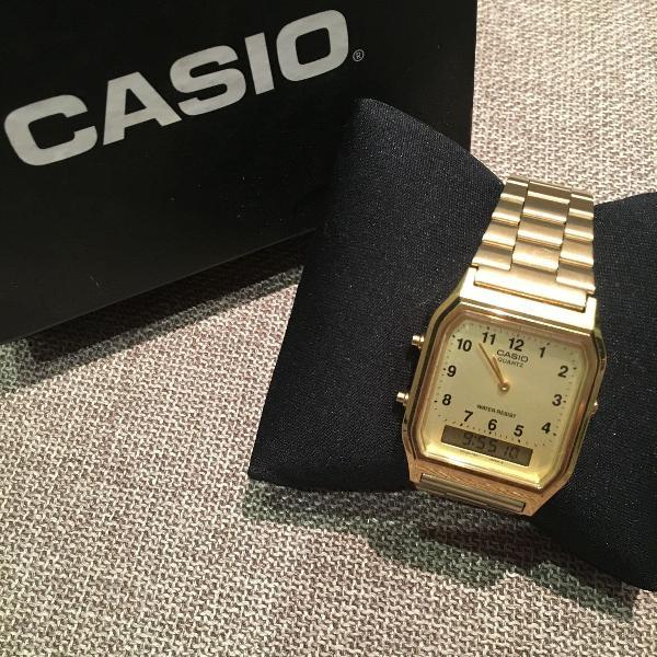 Relógio unissex casio dourado