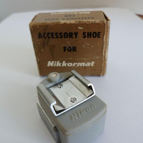 Sapata nikon para flash em ótimo estado - item vintage anos