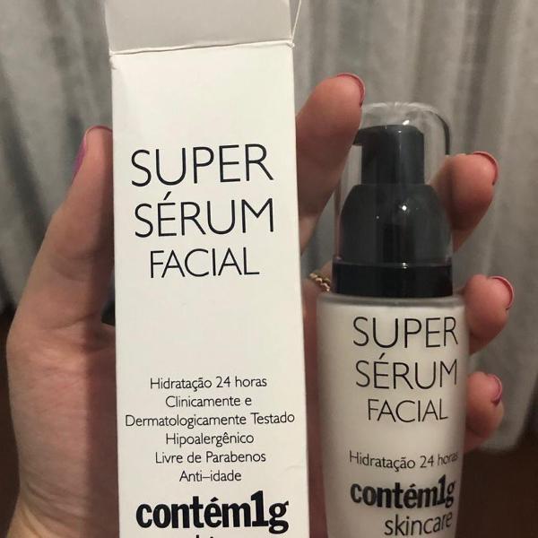 Super sérum facial contém 1g