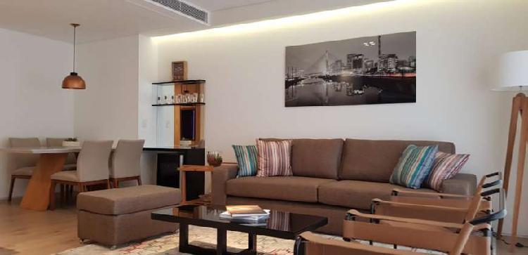 Apartamento com 1 quarto para alugar, 92 m² por r$