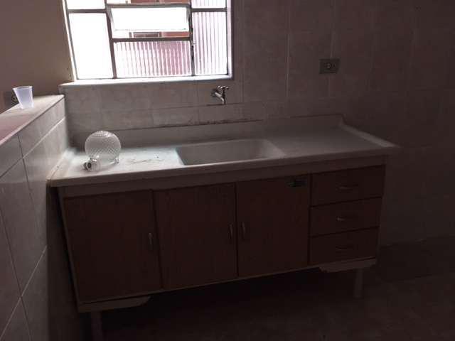 Casa com 1 quarto para alugar, 40 m² por r$ 700/mês cod.