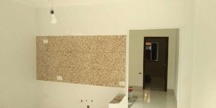 Casa com 2 quartos para alugar, 69 m² por r$ 1.350/mês