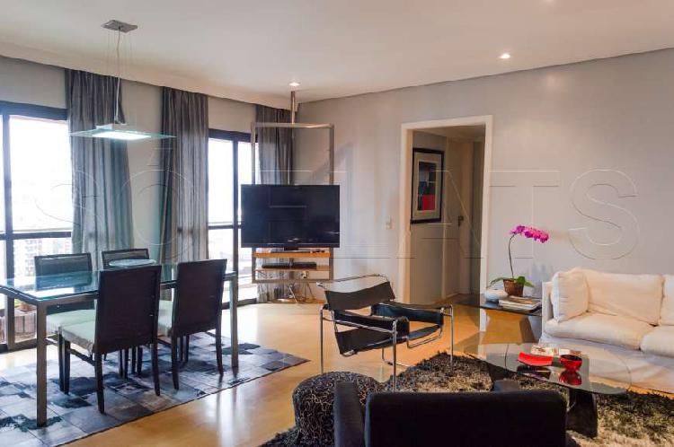 Flat com 2 quartos para alugar, 80 m² por r$ 3.000/mês