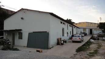 Galpão para alugar no bairro cidade industrial, 900m²