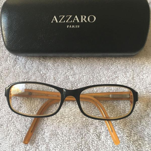Armaçao e estojo para oculos azzaro paris usado