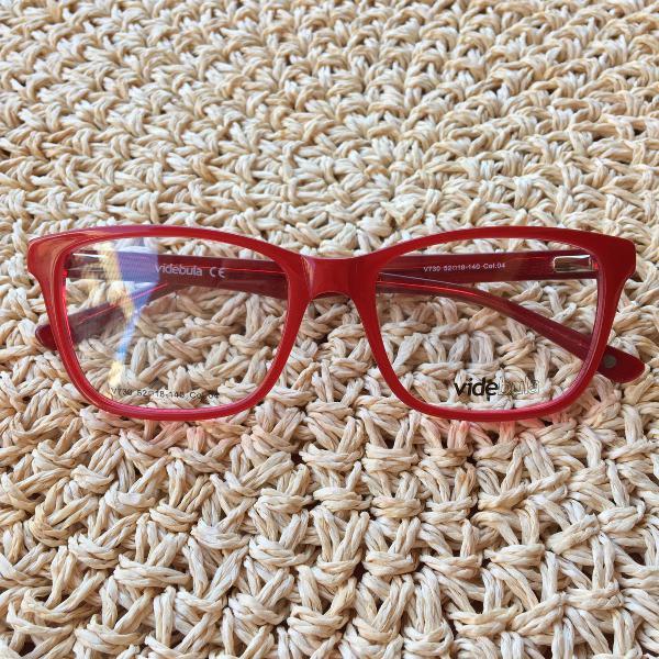 Armação de óculos vermelho