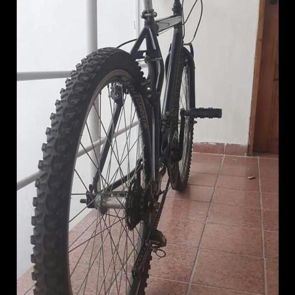 Bicicleta aro 24 c/marcha!