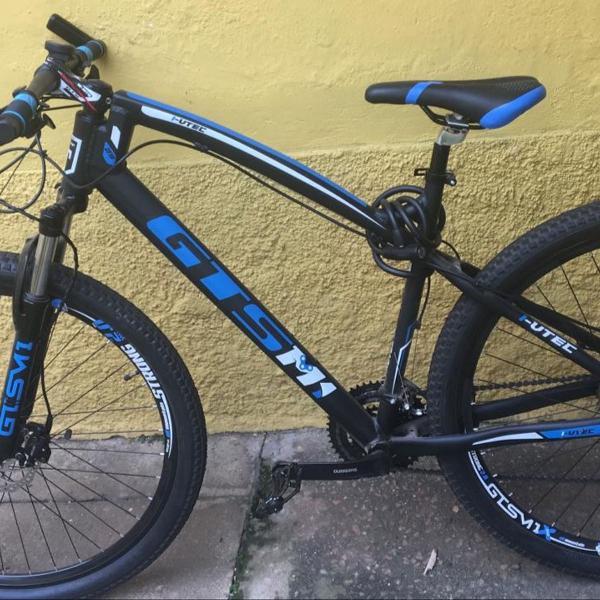 Bicicleta aro 29 semi-nova 27 marchas