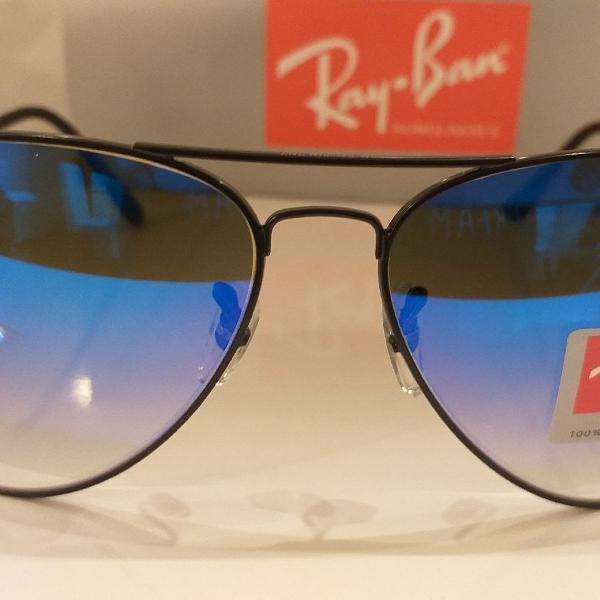 Culos ray-ban aviador preto com lente azul espelhado