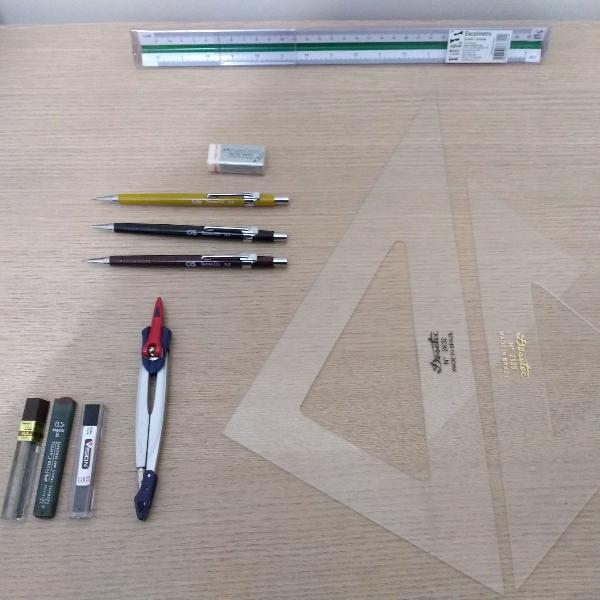 Materiais para desenho técnico