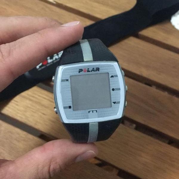 Relógio e frequencímetro polar ft1