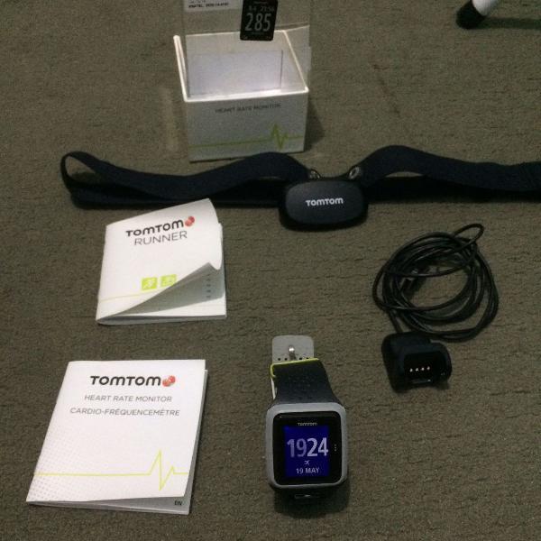 Relógio tomtom gps + monitor de frequência cardíaca