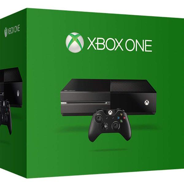 Xbox one 500gb com 2 controles originais e jogos