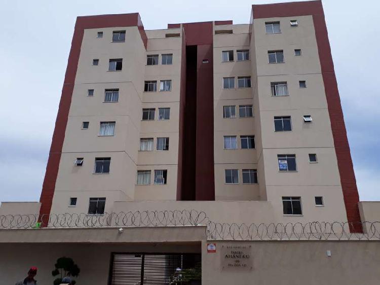 Apartamento com 3 quartos à venda, 142 m² por r$ 450.000