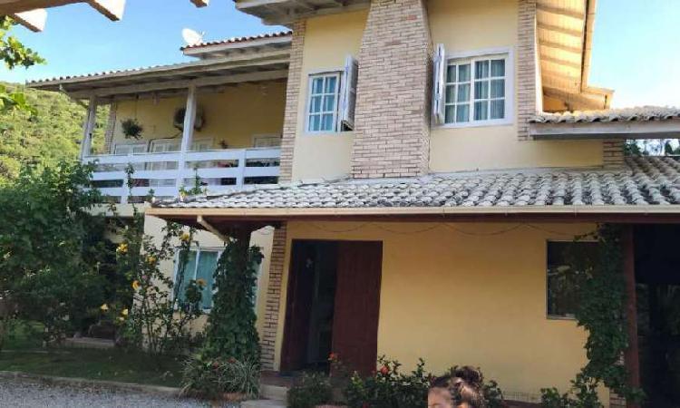 Casa com 4 quartos à venda, 230 m² por r$ 650.000 cod.