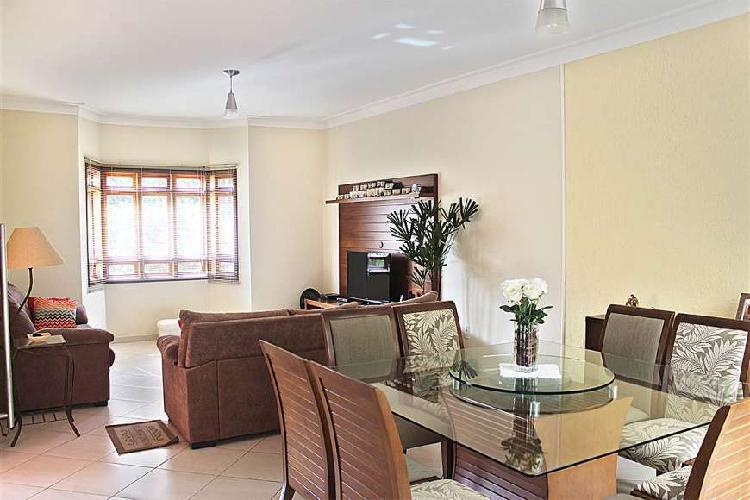 Casa de condomínio com 3 quartos à venda, 144 m² por r$