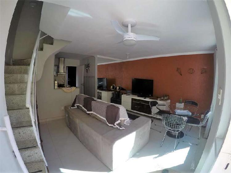 Casa de condomínio com 3 quartos para alugar, 94 m² por r$