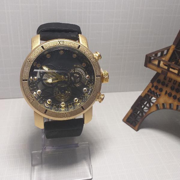 Relógio masculino clássico esportivo preto com dourado