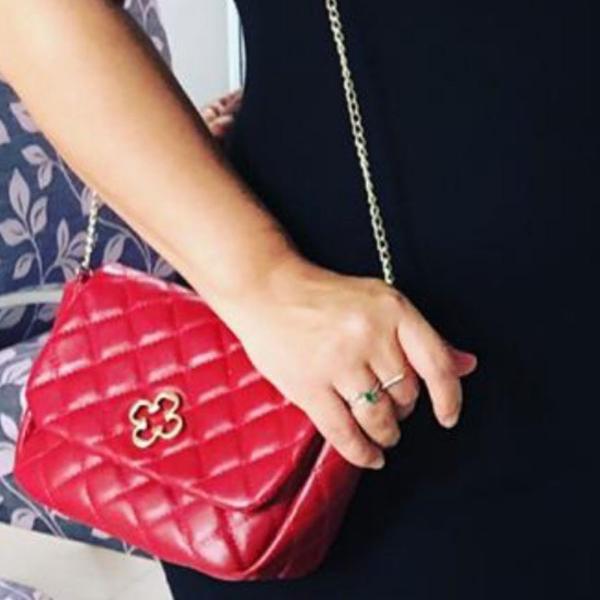 Bolsa capodarte vermelha com alça corrente dourada