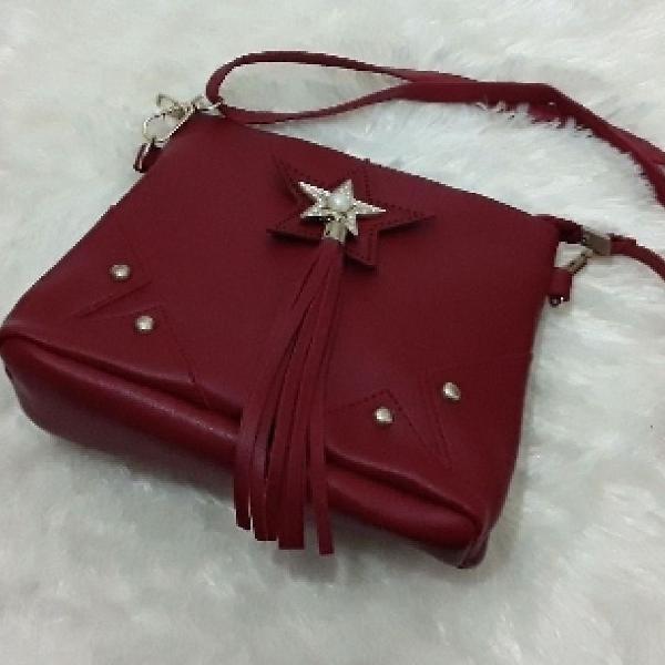 Bolsa pequena vermelha baladinha