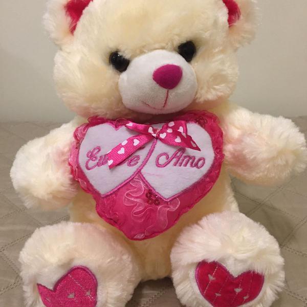 "Urso de pelúcia "" eu te amo"""