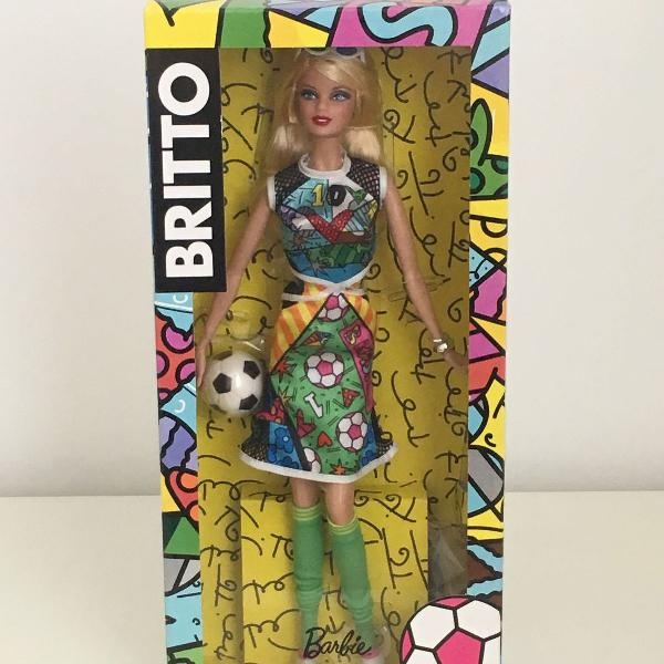 Barbie collector romero britto