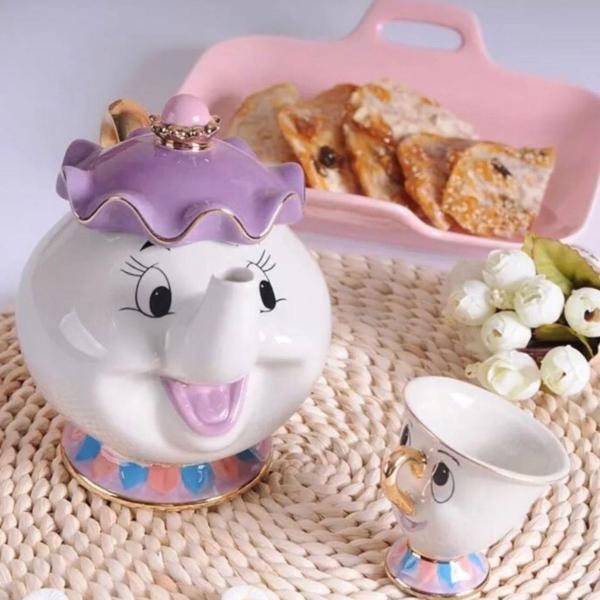 Bule e xícara bela e a fera