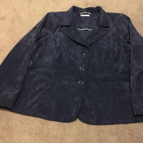 Casaco azul marinho de veludo