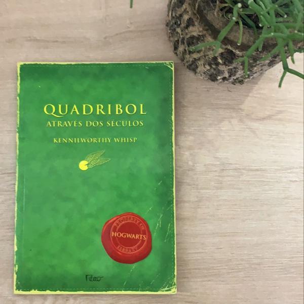 Livro quadribol através dos séculos
