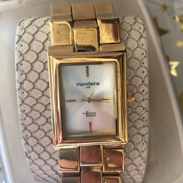 Relógio mordia-me dourado com pulseira de couro