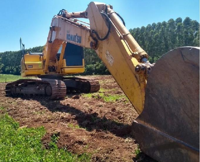 Escavadeira Pc 200 Série 8