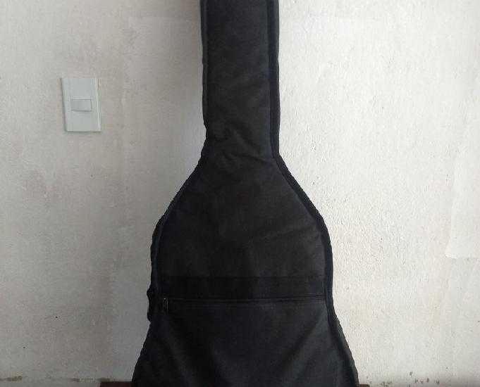 Vendo violão Giannini Elétrico completo.